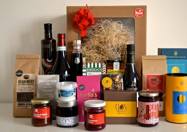 rua-christmas-hampers